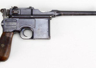 Mauser C-96 Broomhandle 2